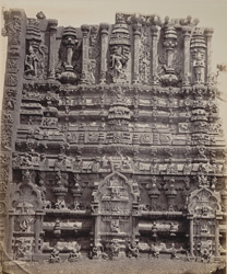 Tarputry [Tadpatri]. Temple in ruins near the river. Another portion of base of northern tower in detail